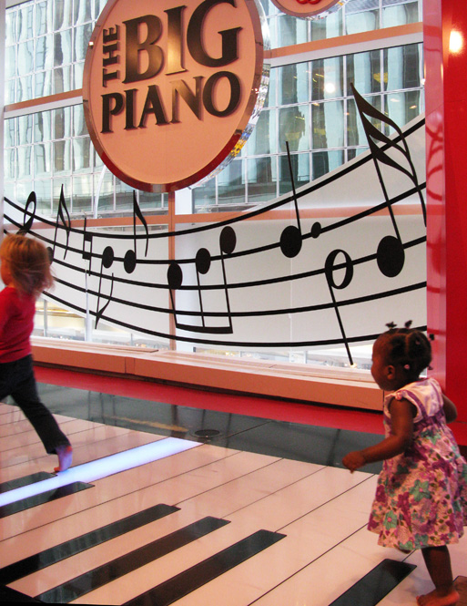 Big Piano na FAO Schwarz